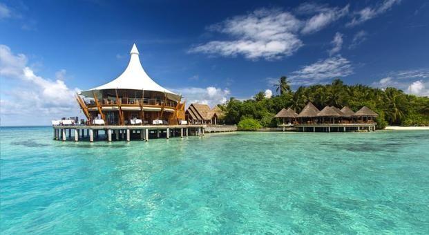 夢のような島と話題のリゾート「フヴァフェンフシ」の魅力をご紹介いたします。