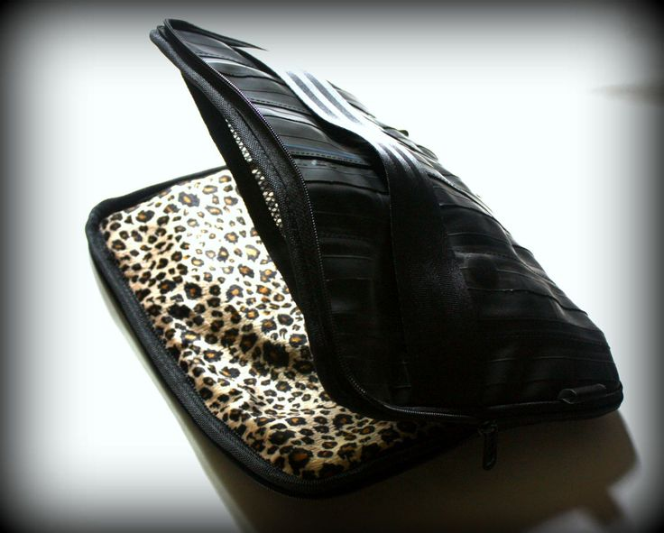 LEOPOLD Laptop case 14 inch leopard print and rubber - pinned by pin4etsy.com