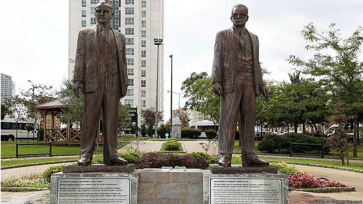La presencia de Salvador Allende en las calles del mundo | BBC Mundo