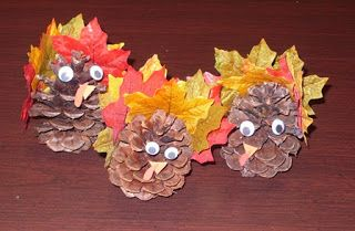Pinecone Turkey - A great Thanksgiving Craft