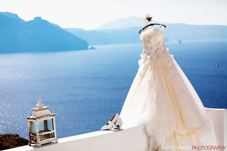 one of my favorite locations to work - Santorini. Taken at the luxury Delfini Villas in Santorini Greece