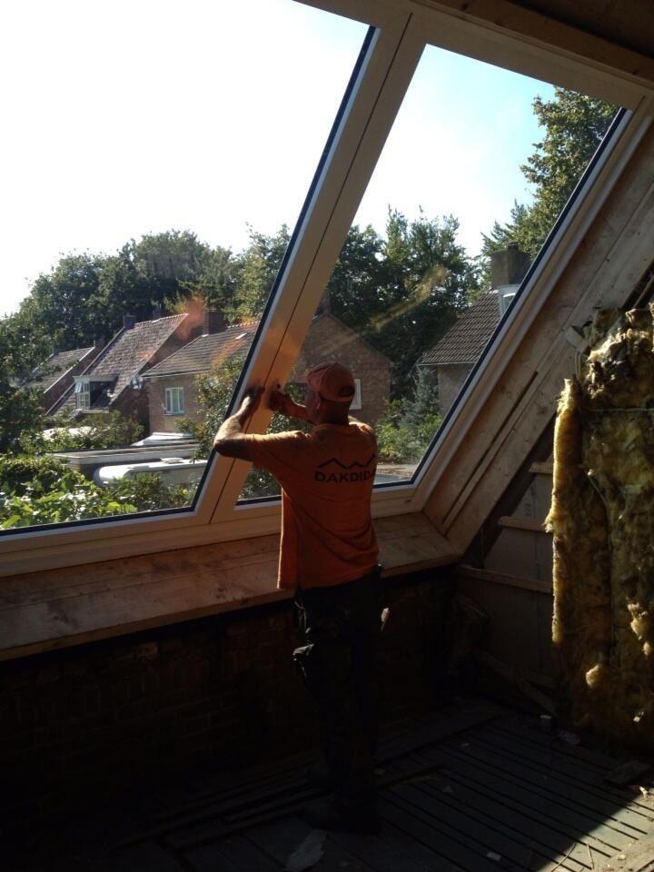 Grote dakramen http://www.dakramen-dakvenster.nl/lideko