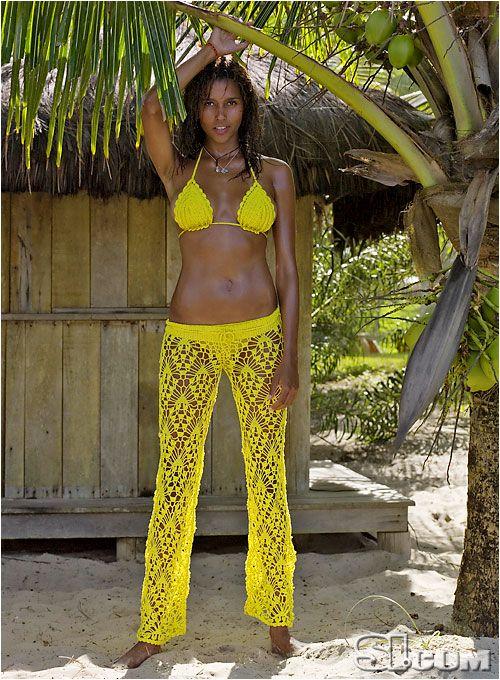 Crochet Pattern Yoga Pants : Ana Araujo wearing crochet bikini top and Yoga pants by ...