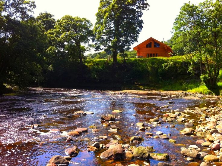 Log Cabins with Hot Tubs, Lodges with Hot Tubs, Lodge Holidays - Hidden River Cabins Lake District