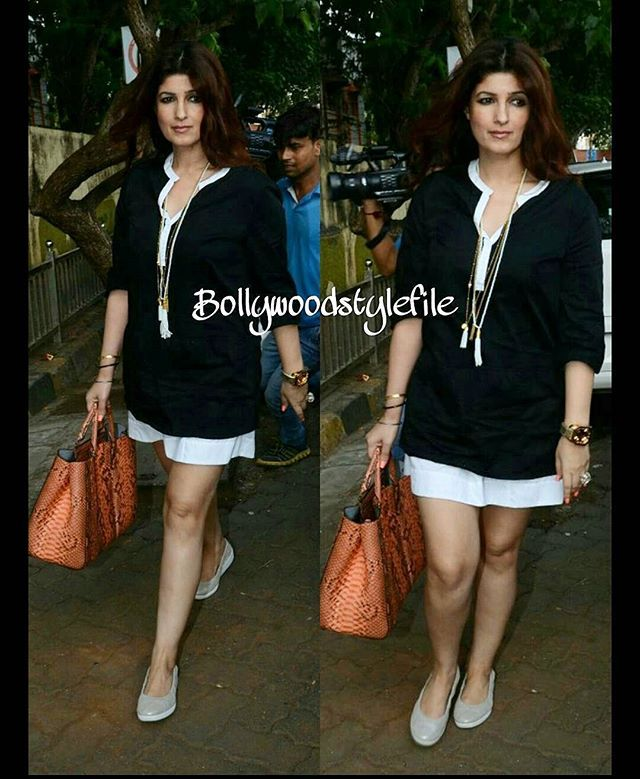 Twinkle Khanna is a style diva. #DoubleTap if you agree. @Bollywood ❤❤❤