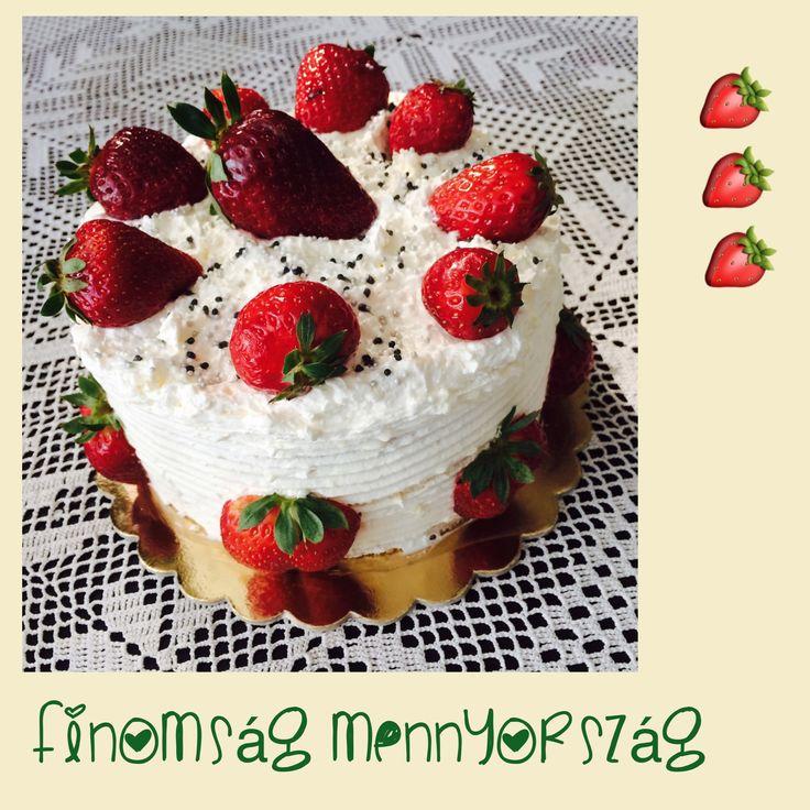 Vanília krémes~ epres torta