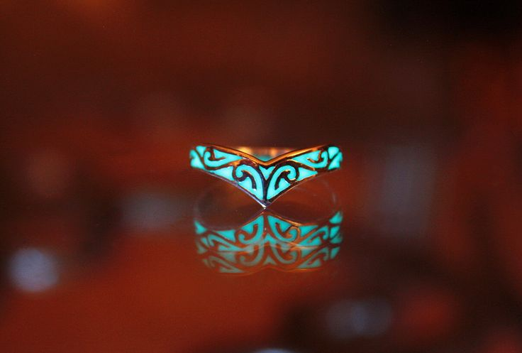 Celtic design ring GLOW in the DARK by Papillon9 on Etsy https://www.etsy.com/listing/196736119/celtic-design-ring-glow-in-the-dark