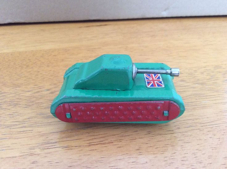 VINTAGE 1950s DIBRO BROS (WOOLWORTHS) COLOURFUL TINPLATE FRICTION POWERED TANK | eBay