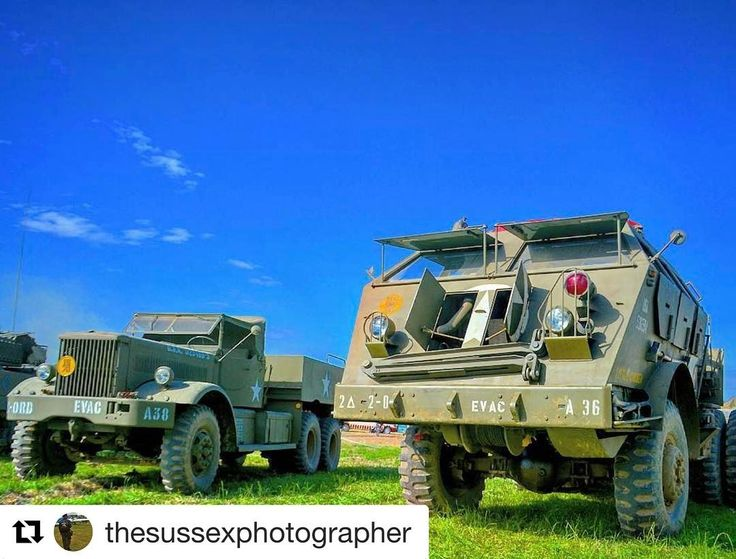 """#Repost @thesussexphotographer with @repostapp  Gotta love a bit of American muscle.. Two tank transporters at War and Peace. Diamond T 981 and Pacific Car """"Dragon Wagon"""" #ww2 #military #history #allies #transport #tanktransporter #diamondt #Dragonwagon  #warandpeacerevival2016 #warandpeacerevival"""