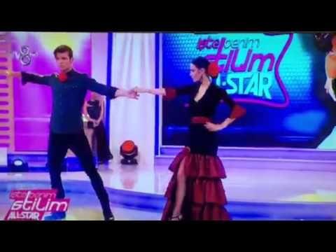 Dün gece Tv 8 ekranlarında yayınlanan 'İşte Benim Stilim' yarışmasından... Manche erkek gömlek ürün kodu: 1095