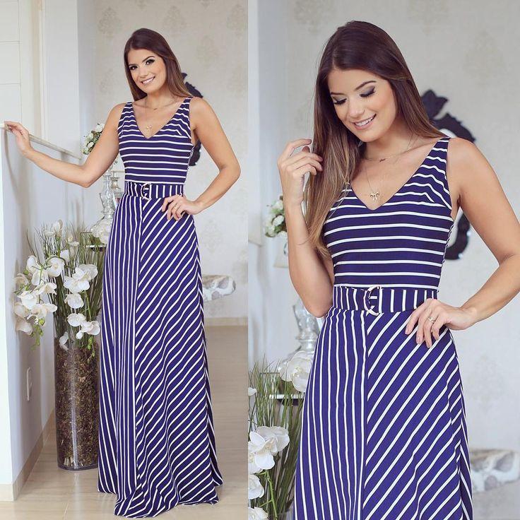 Listras by @sublinimodas  Lançamento de hoje da loja... Apaixonada nesse longo azul e branco!