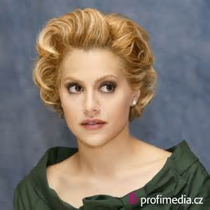 brittany murphy - Bing Images: Paper Rooms, Love Brittany, Brittany Murphy, Rooms Singers, Mi Brittany, Bing Images, Galleries Photos, Prom Hairstyles, Celebrity Tragedy