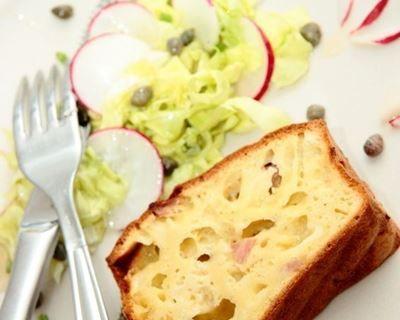 Cake au jambon et au gruyère râpé