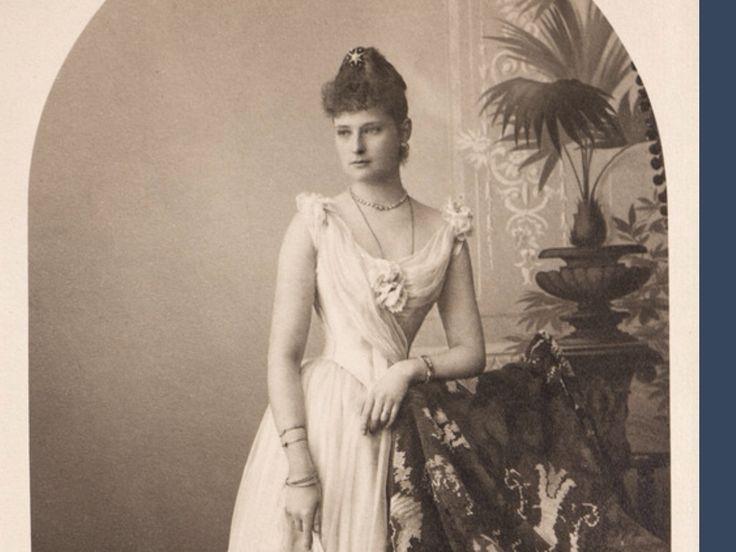 Alix, as Princess Alix of Hesse.
