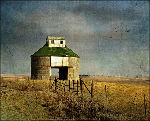 Old Style Corn Crib By Keeva999, Via Flickr