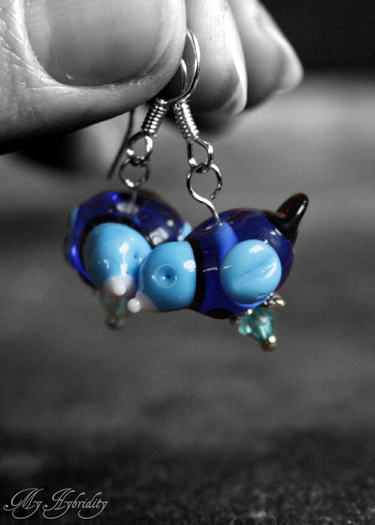 Blue glass birds. Lampwork earrings.