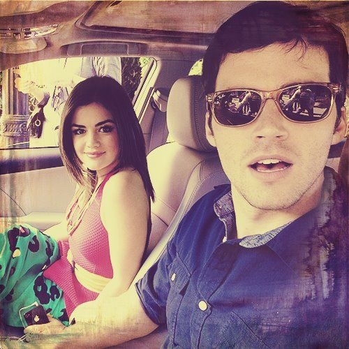 are aria and ezra from pretty little liars dating in real life