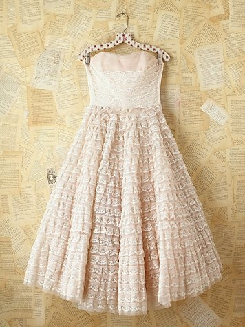 Vintage Pink Tiered Lace Prom Dress
