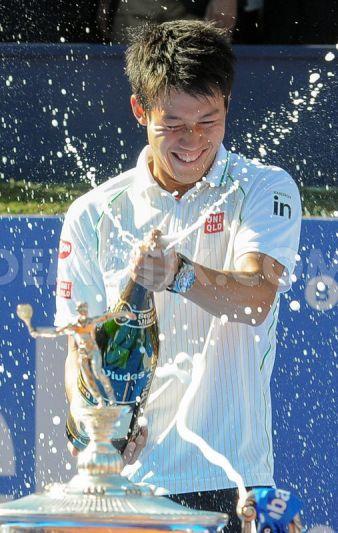 Kei Nishikori celebrating the single final at Barcelona Open 2014