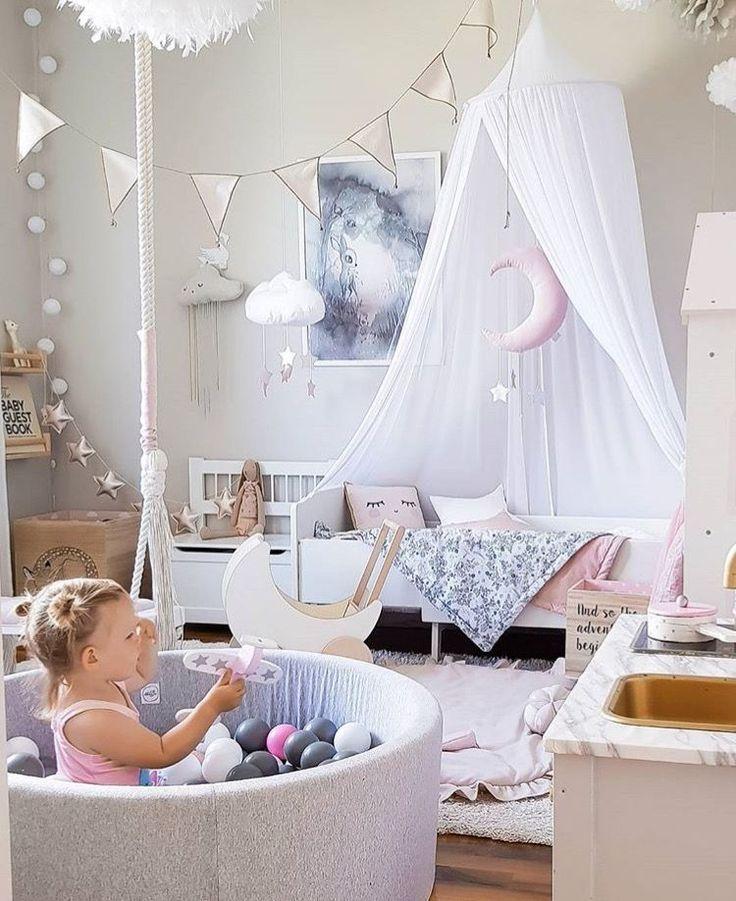 Lek i bollhavet 🎀   📷 : @interiorbysarahstrath     *    *   *    *    *    *   www.babylove.se   #barnrum #kidsroom #barnrumsinredning #kidsdecor ⠀ #finabarnsaker #kidsinterior #kidsdesign #kidsperation #barneroom #inspirationforpojkar #kidsinspo #kidsdeco⠀ #nordickidsliving #kidsperation #myroom #barn #exklusiv #baby #inspirationforflickor #barnruminspo #barnrumsdetaljer #barnrumsinspiration #finahem #finabarnsaker #barnerum #mittbarnerom