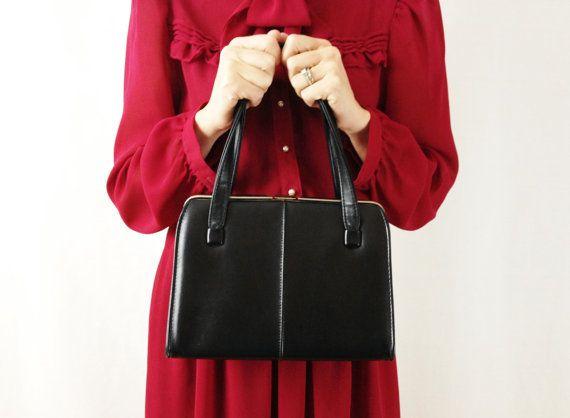 Vintage Black Leather Purse  Black Pocketbook  by VintageGriffin, $34.00