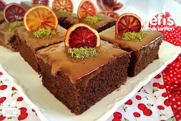 Videolu anlatım Portakallı Çikolatalı Islak Kek Videosu Tarifi nasıl yapılır? 5.358 kişinin defterindeki bu tarifin videolu anlatımı ve deneyenlerin fotoğrafları burada. Yazar: esin akan