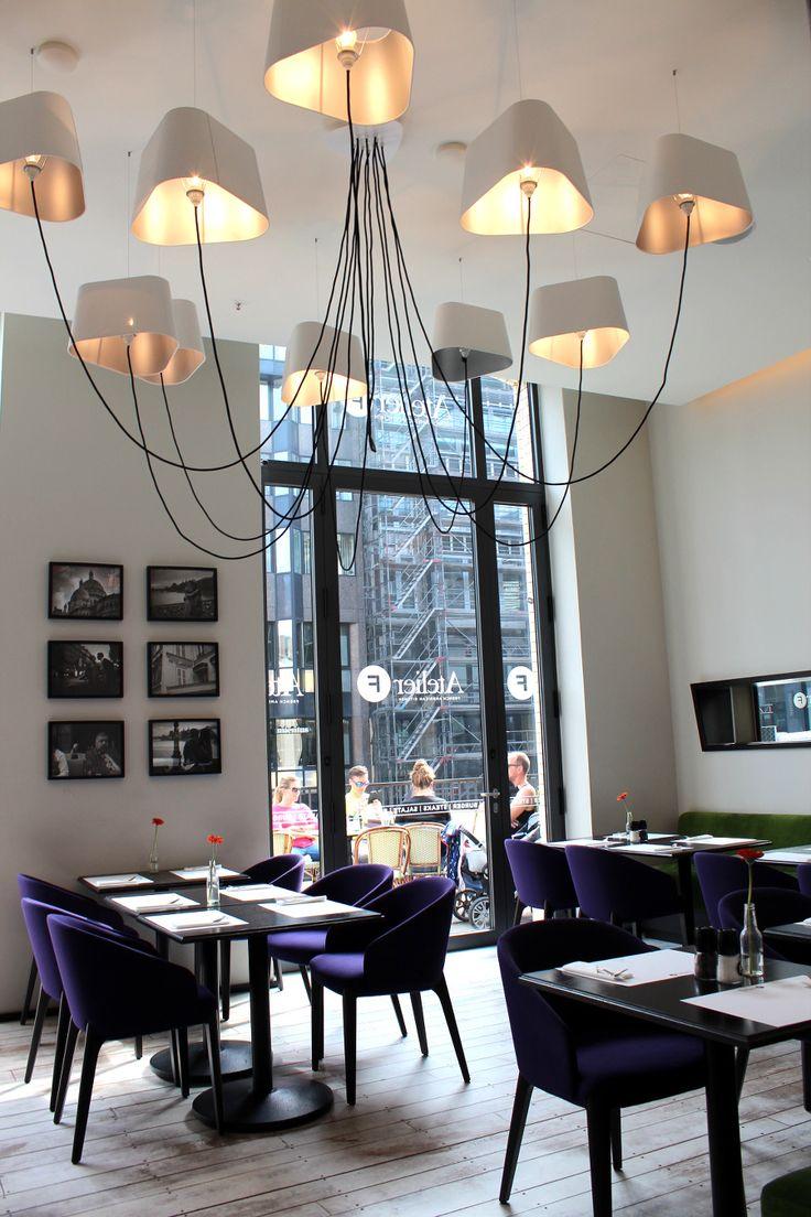 Why Not?! Französische Speisen und amerikanische Klassiker – die Kunst des Kochens.  Willkommen in Paris – ähhmm… oder doch in New York? Nein! Wir sind in Hamburg. In bester Lage,…