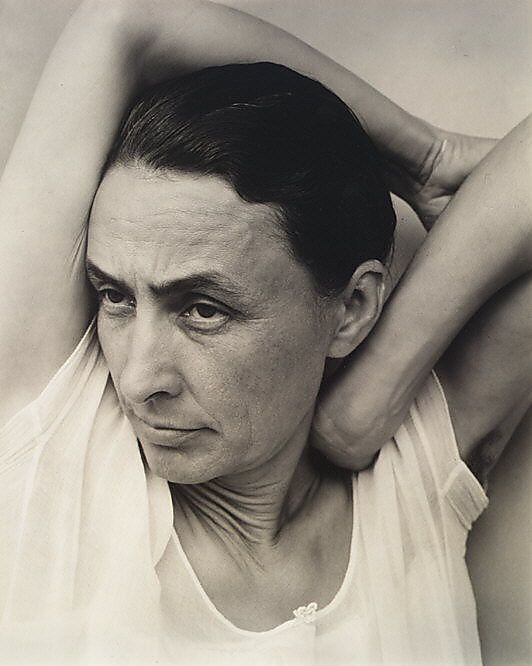 Georgia O'Keefe by Alfred Stieglitz. What stories to tell using photography…
