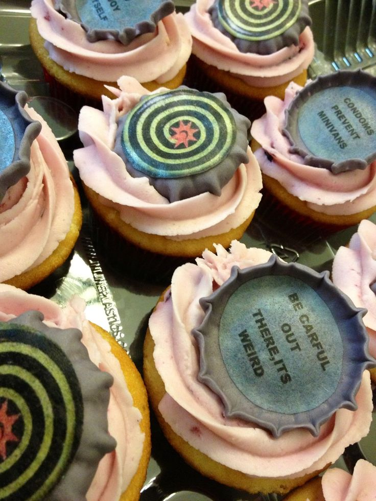 Magic hat beer birthday cake & cupcakes, caked by two Miami