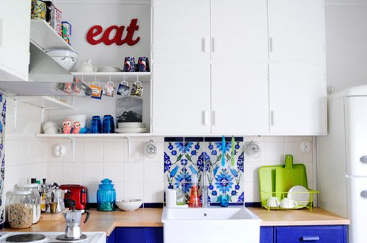 kitchen inspiration - like the mix of closed and open shelves with the blue.