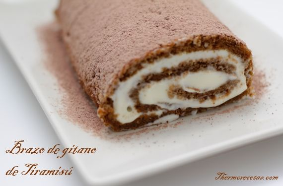 Brazo de gitano de tiramis recipe postres and thermomix for Decoracion de brazo gitano