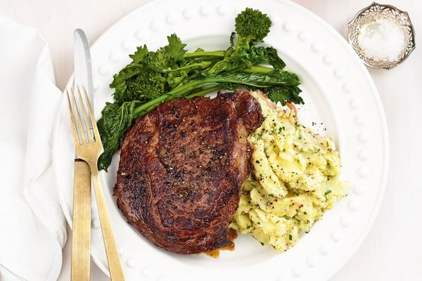 Garlic Steaks With Potato and Parsnip Mash