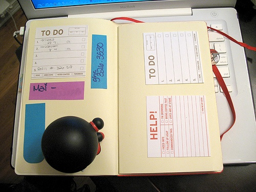 moleskine planner: sticky note repository