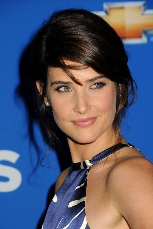 Cobie Smulders    #style #beauty #celebrity