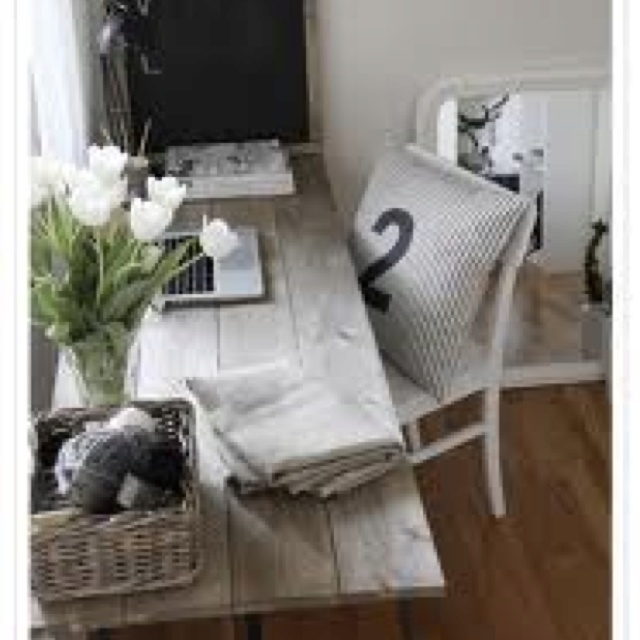 Home office idea... Love the rustic desk.