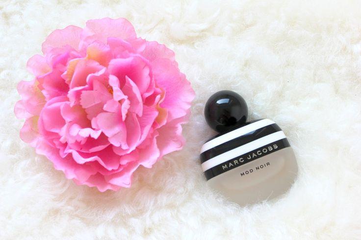 Marc Jacobs - Mod Noir. Marc Jacobs perfume.
