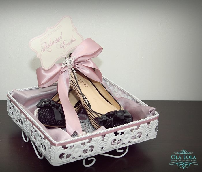 Lilac & White gift tray