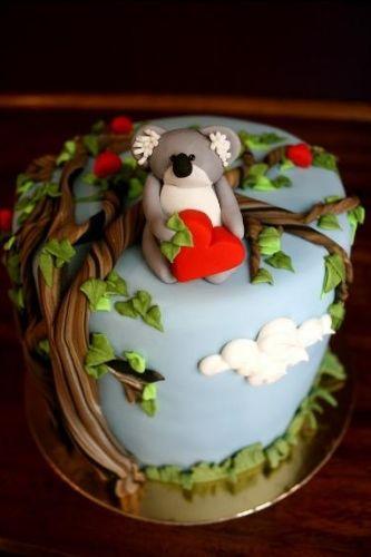koala bear & tree cake