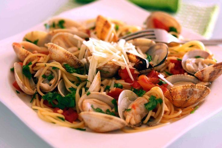 Büyük #İtalya Turu ile gördükleriniz kadar tattıklarınızla da büyüleneceksiniz.... İtalya ve mükemmel lezzetler....  bit.ly/mngturizm-büyük-italya-turu   #mngturizmle #tatil #yurtdışı #tur #italya #napoli #roma #floransa #venedik #milano  #espaguetis #almeja #vongole #food #foodie  #delicious #amazing #yummy
