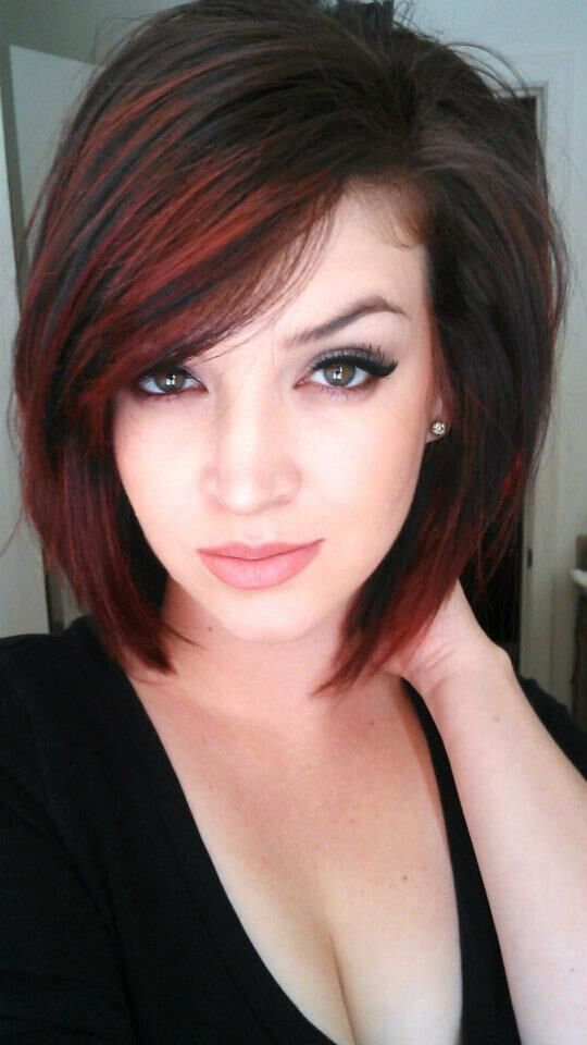 short bob hairstyle with the perfect red highlights!!