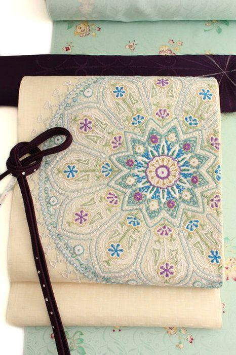 【相良刺繍】特選創作袋帯「華文」アイボリー軽量刺繍帯