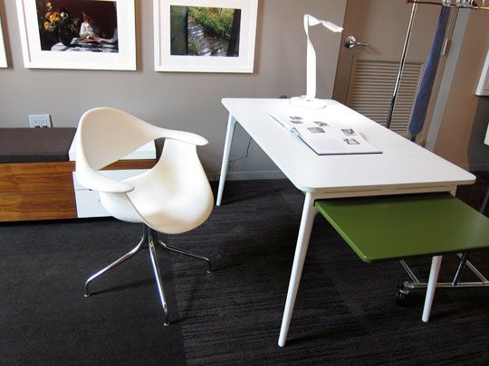 white desk chair by George Nelson