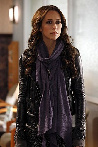 Jennifer Love Hewitt is gorgeous, idc what anyone says... and she always has great hair!