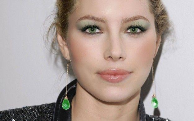 Make up leggero per occhi verdi. www.profumissimaonline.com