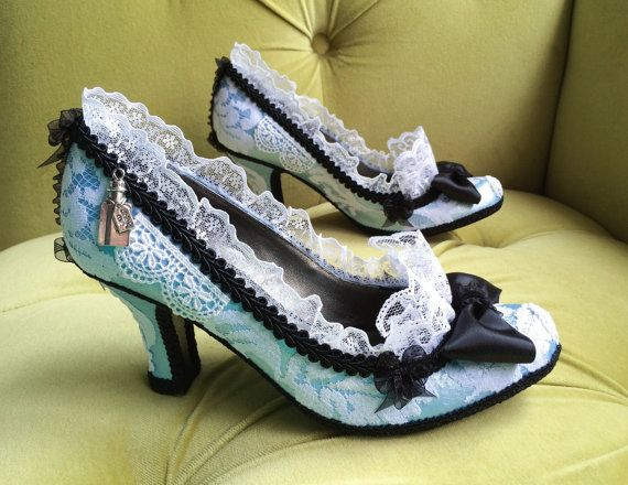 Alice In Wonderland Costume Shoes High Heels by HexHeartHollow