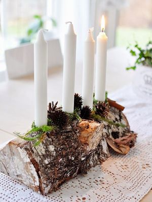 advent wreath ideas - plain white candles on the wooden log