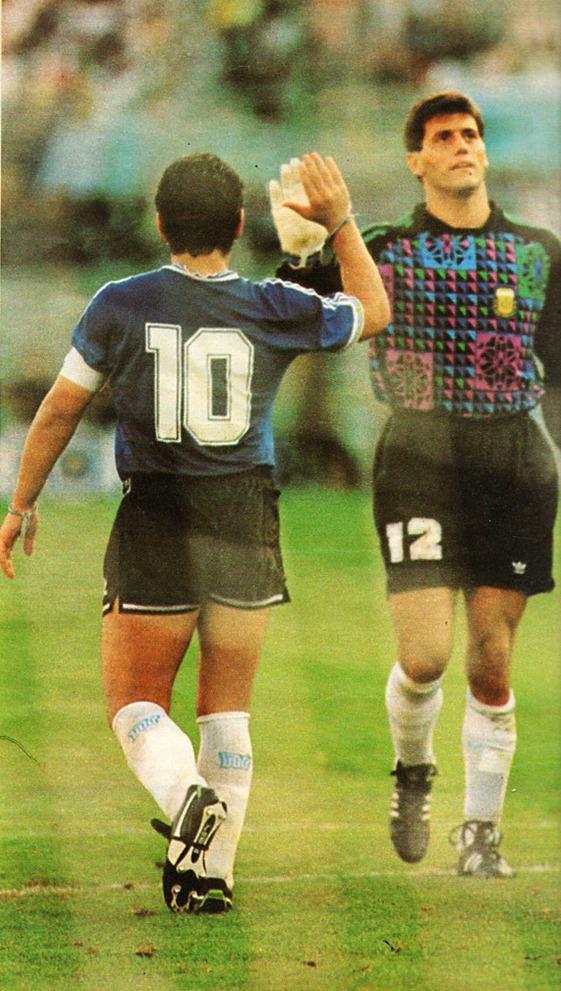 Argentina a semifinales #Italia90