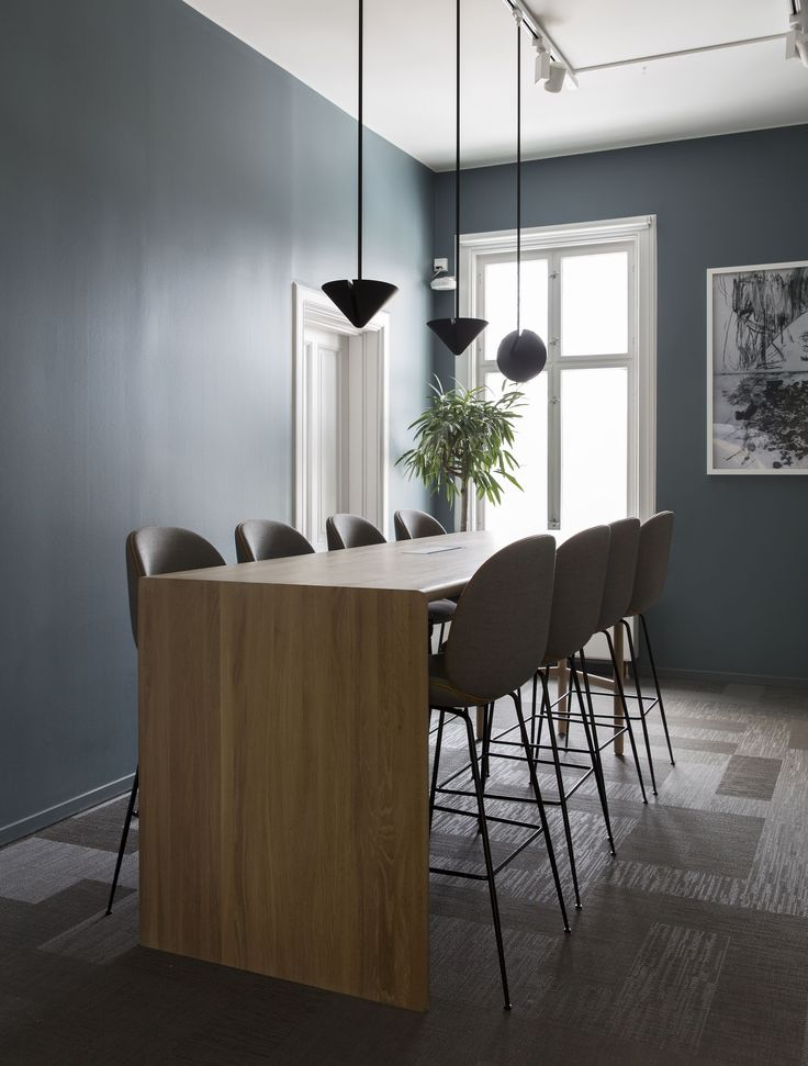 Office for Norske Tog in Oslo, Norway // by Romlaboratoriet AS // Photo: Anne Bråtveit
