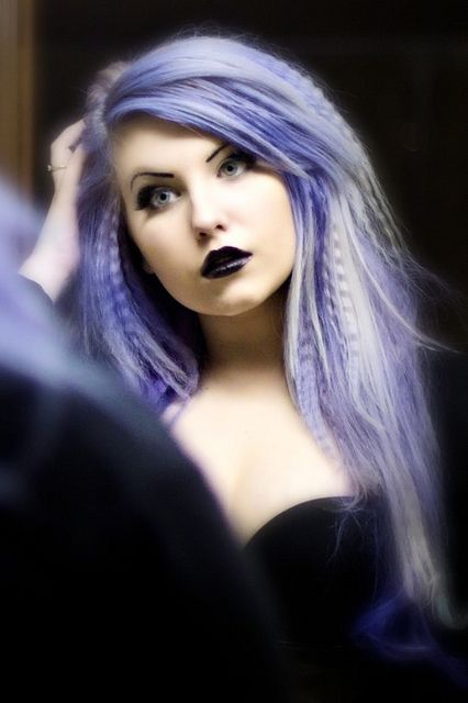 Love the light lilac and the part crimped hair. Texture and color!