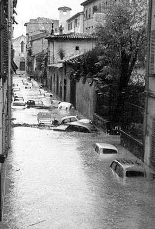 Alluvione di Firenze - 4 Novembre 1966 #TuscanyAgriturismoGiratola